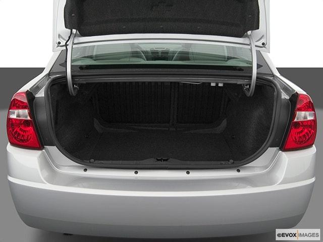 2005 Chevrolet Malibu Trunk open