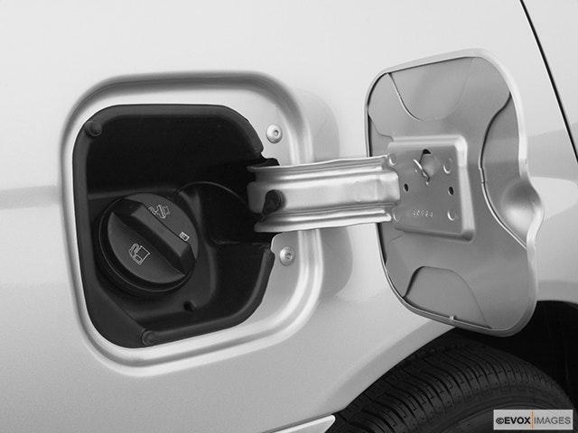 2005 Chevrolet Malibu Gas cap open