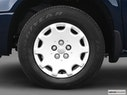 2005 Chrysler Town and Country Front Drivers side wheel at profile