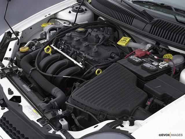 2005 Dodge Neon Engine