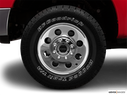 2005 Ford F-250 Super Duty Front Drivers side wheel at profile