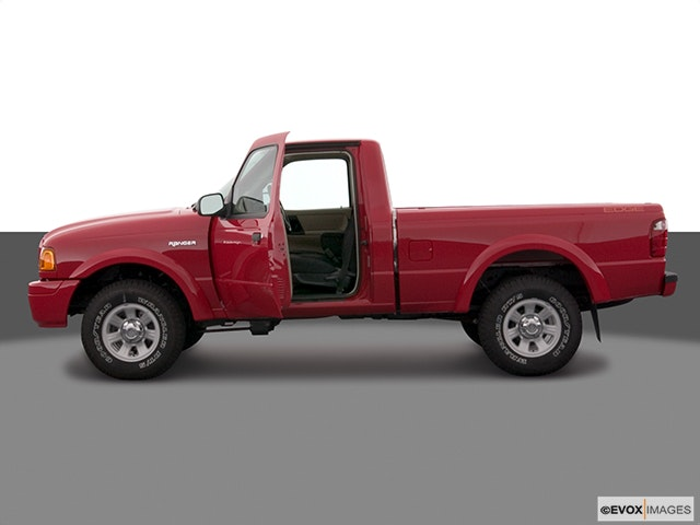 2005 Ford Ranger Driver's side profile with drivers side door open