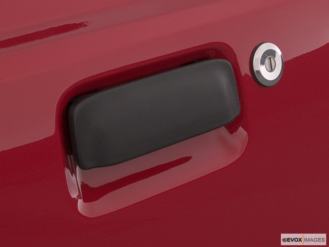 2005 Ford Ranger Drivers Side Door handle