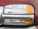 2005 GMC Sierra 1500HD Drivers Side Headlight