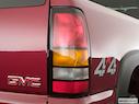 2005 GMC Sierra 1500HD Passenger Side Taillight
