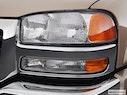 2005 GMC Sierra 2500HD Drivers Side Headlight