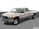 2005 GMC Sierra 3500 Front angle view