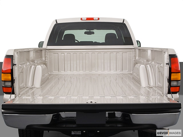2005 GMC Sierra 3500 Trunk open