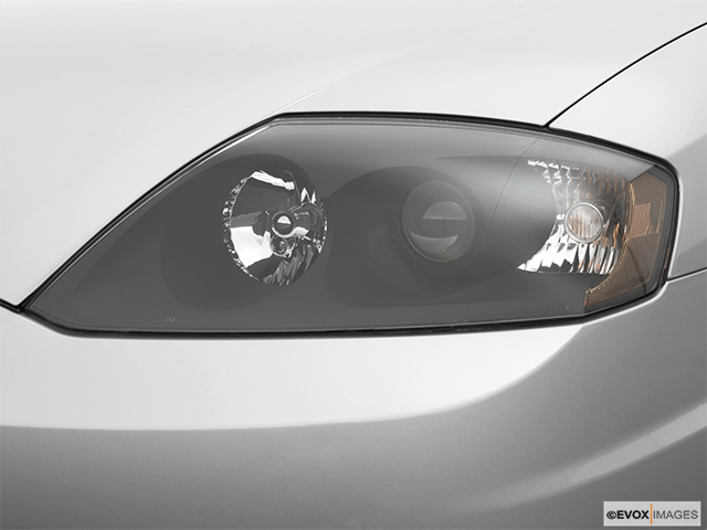 2005 Hyundai Tiburon Drivers Side Headlight
