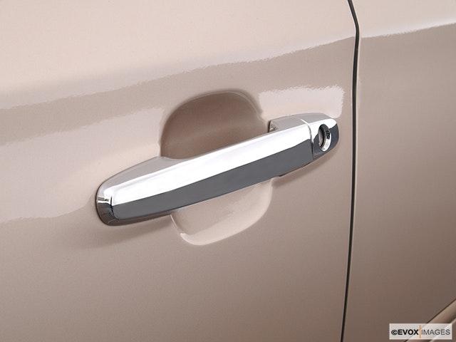 2005 Lexus ES 330 Drivers Side Door handle