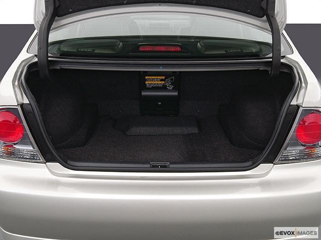 2005 Lexus IS 300 Trunk open