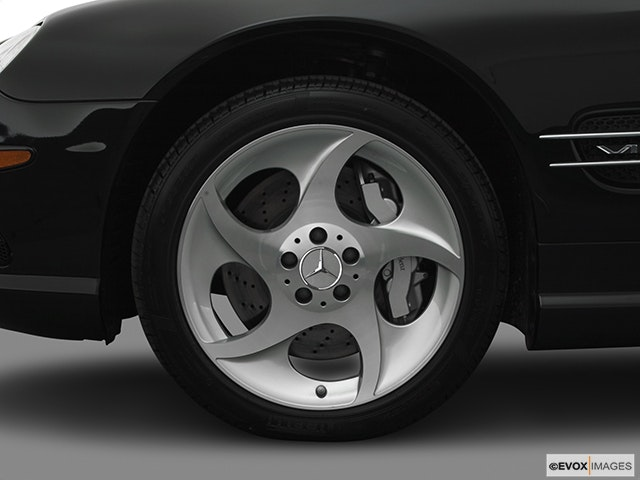 2005 Mercedes-Benz SL-Class Front Drivers side wheel at profile