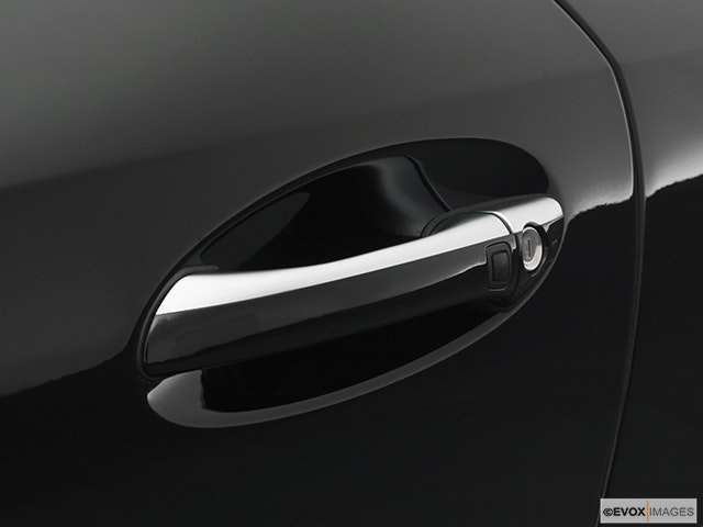 2005 Mercedes-Benz SL-Class Drivers Side Door handle