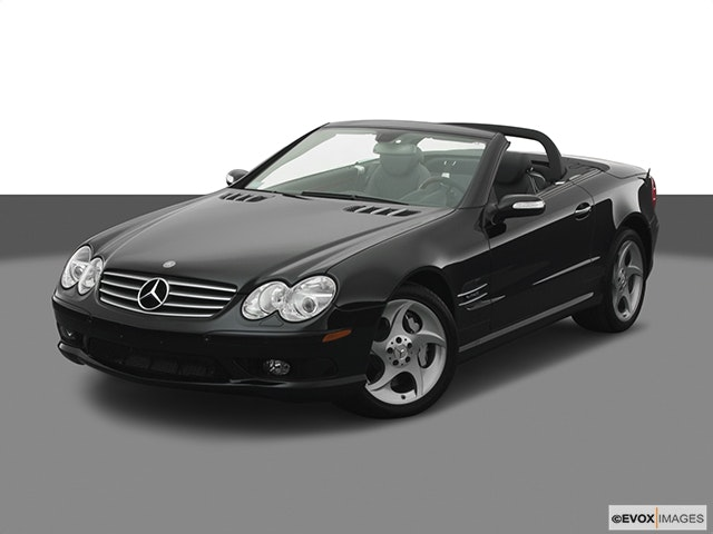 2005 Mercedes-Benz SL-Class Front angle view