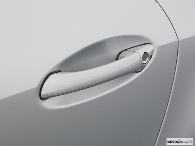2005 Mercedes-Benz SLK Drivers Side Door handle
