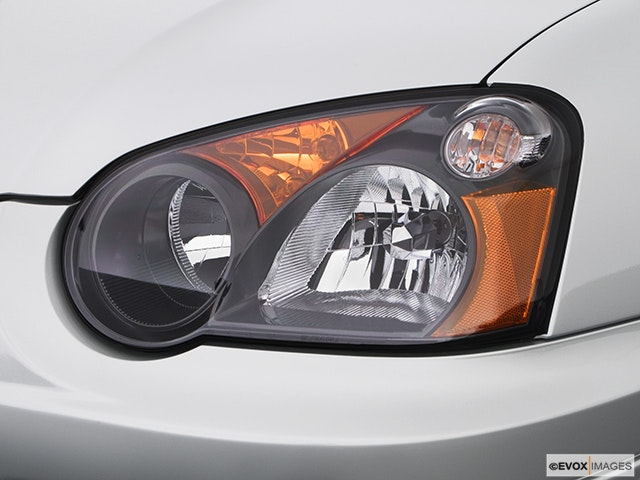 2005 Subaru Impreza Drivers Side Headlight