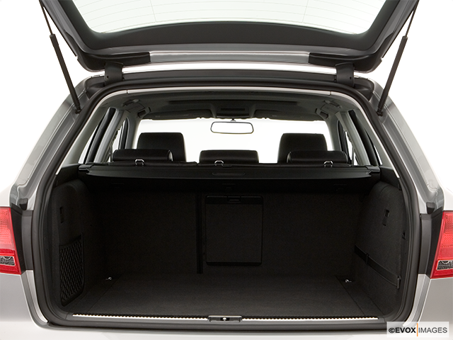 2006 Audi A4 Trunk open