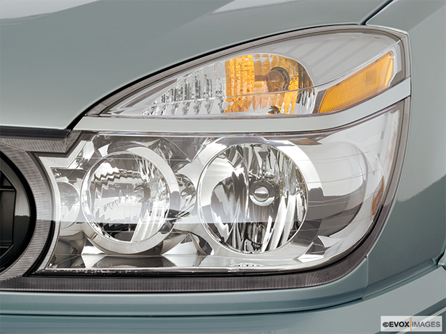 2006 Buick Rendezvous Drivers Side Headlight