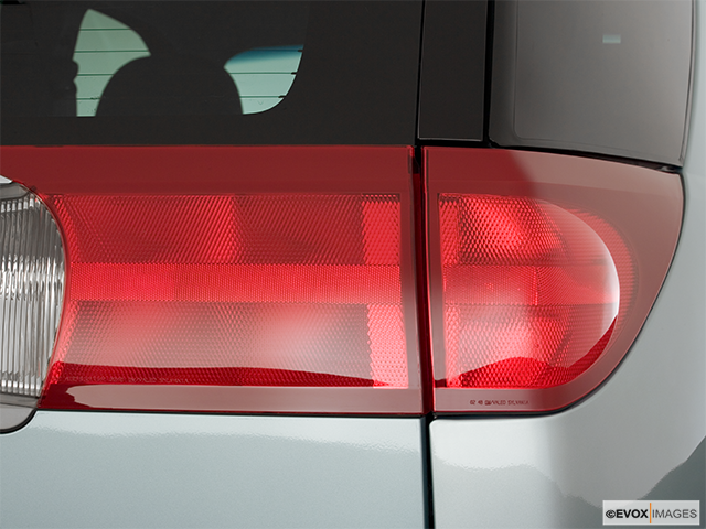 2006 Buick Rendezvous Passenger Side Taillight