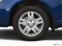 2006 Chevrolet Cobalt Front Drivers side wheel at profile