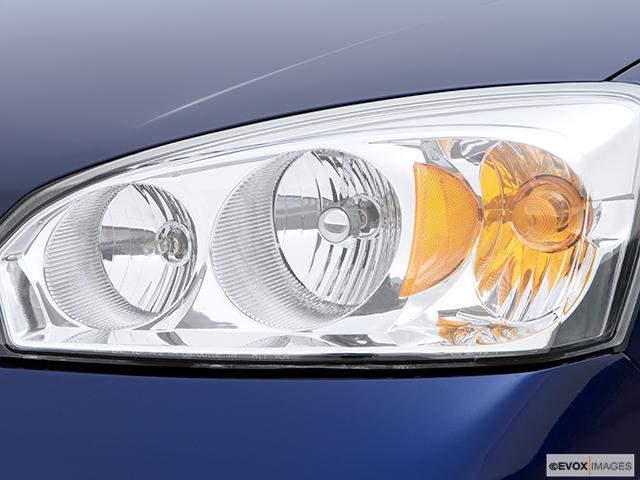 2006 Chevrolet Malibu Drivers Side Headlight