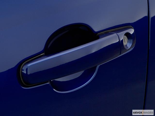 2006 Chevrolet Malibu Drivers Side Door handle