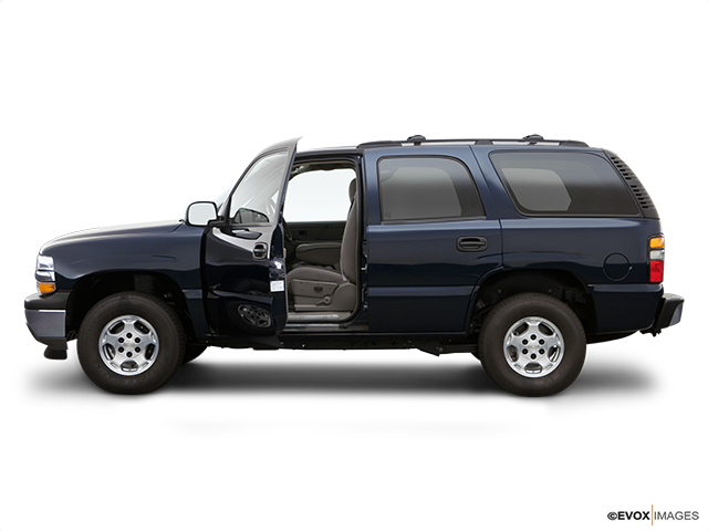 2006 Chevrolet Tahoe Driver's side profile with drivers side door open