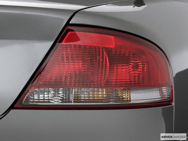 2006 Chrysler Sebring Passenger Side Taillight