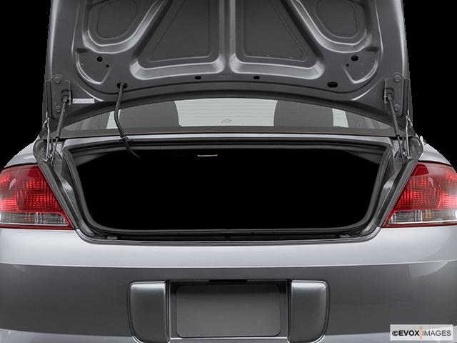 2006 Chrysler Sebring Trunk open