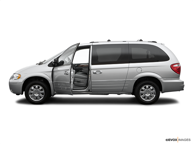 2006 Chrysler Town and Country Driver's side profile with drivers side door open