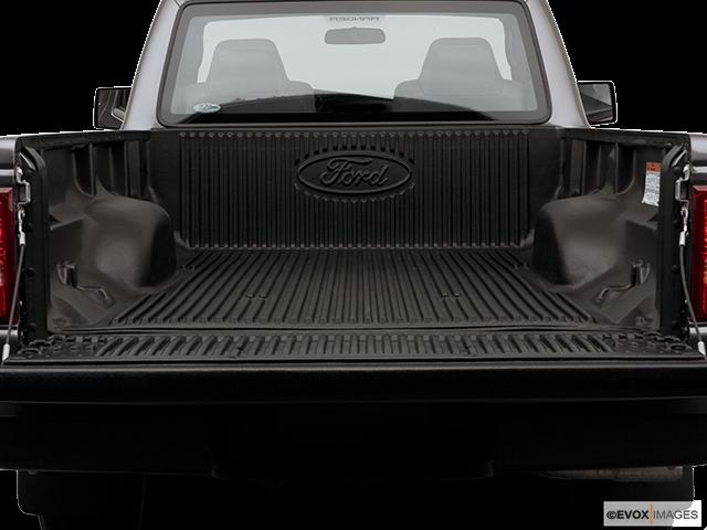 2006 Ford Ranger Trunk open