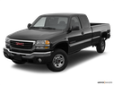 2006 GMC Sierra 2500HD Front angle view