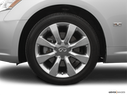 2006 INFINITI M45 Front Drivers side wheel at profile