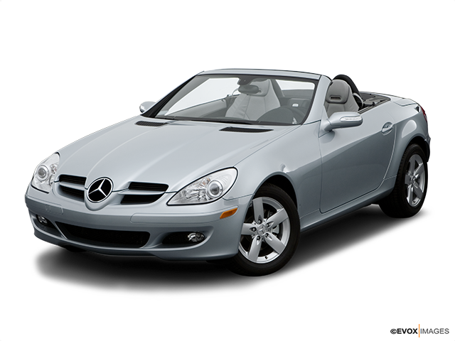 2006 Mercedes-Benz SLK Front angle view