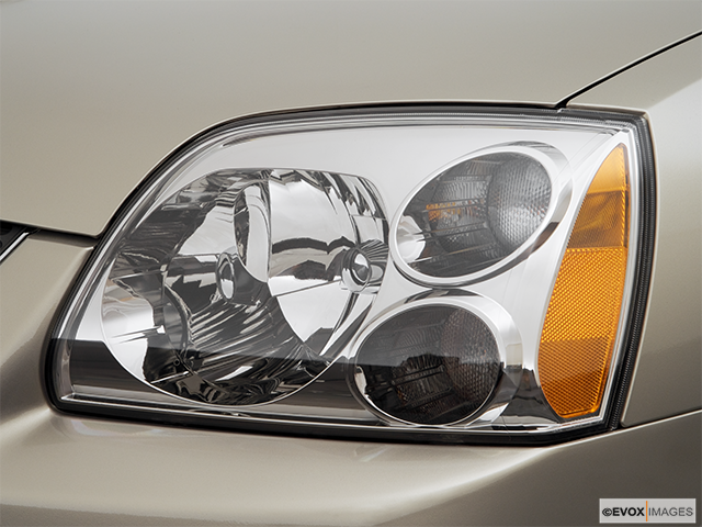 2006 Mitsubishi Galant Drivers Side Headlight