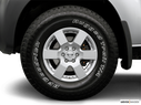 2006 Nissan Xterra Front Drivers side wheel at profile