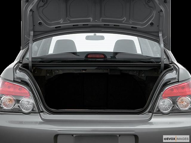 2006 Subaru Impreza Trunk open