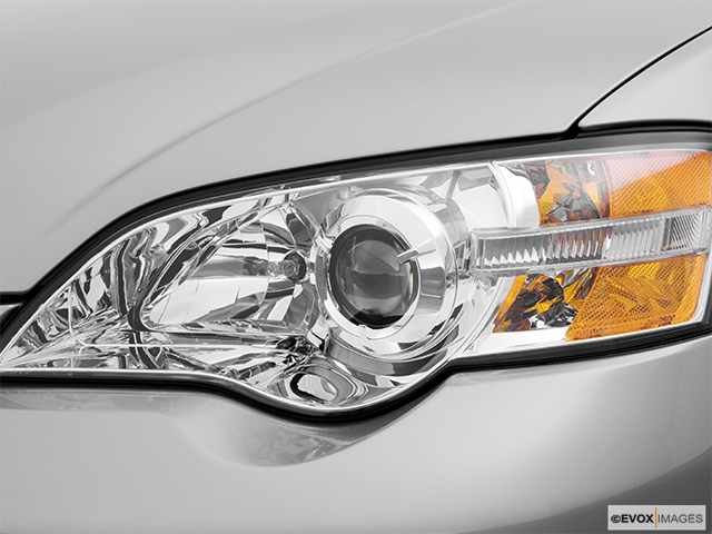 2006 Subaru Legacy Drivers Side Headlight