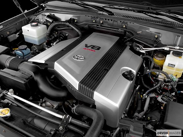 2006 Toyota Land Cruiser Engine
