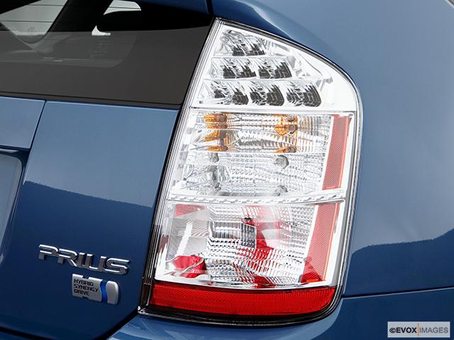 2006 Toyota Prius Passenger Side Taillight