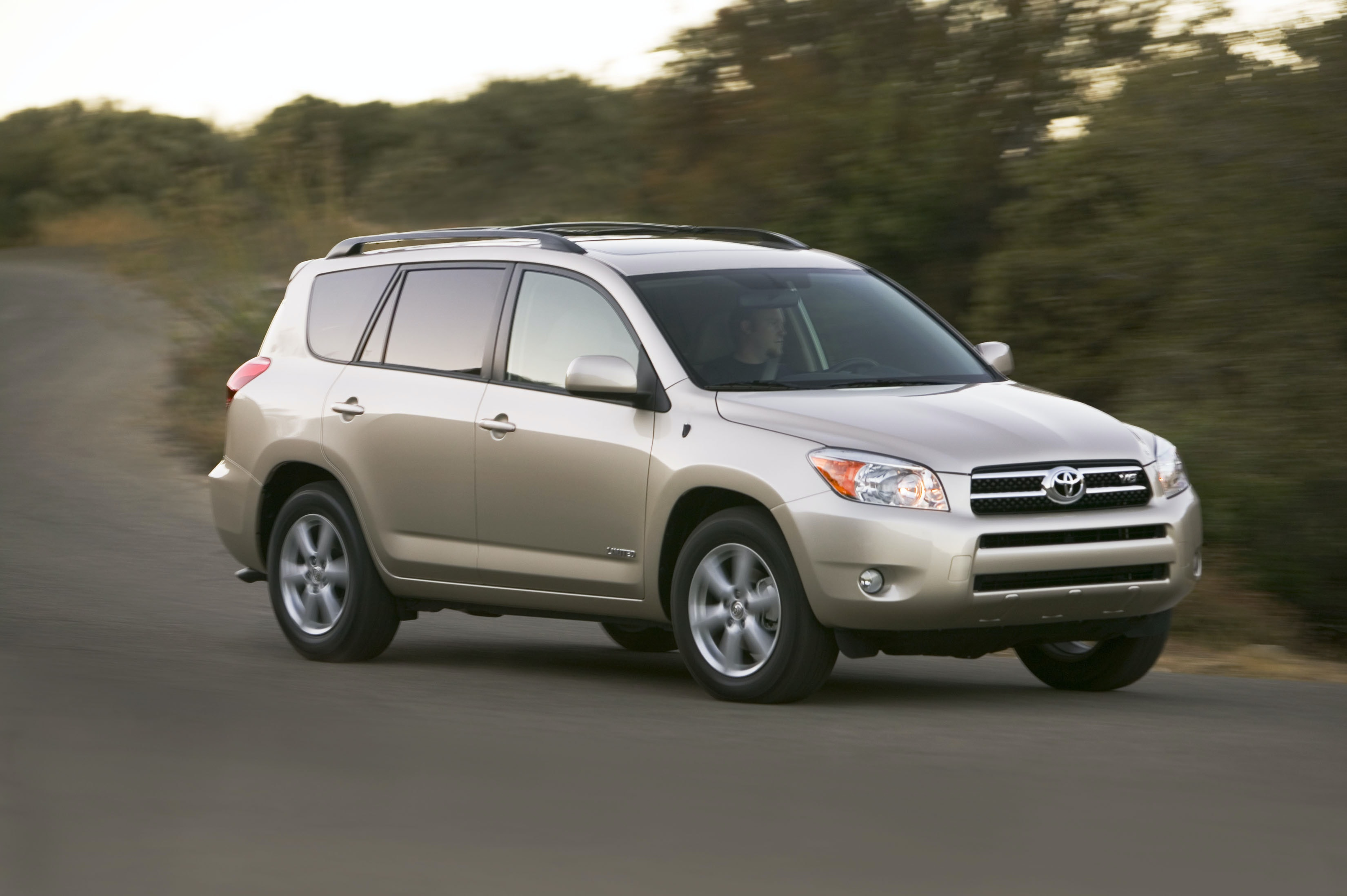 2006 Toyota RAV4 Review | CARFAX Vehicle Research
