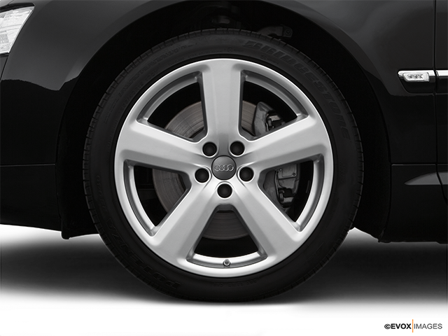 2007 Audi A8 Front Drivers side wheel at profile
