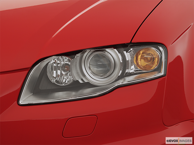 2007 Audi RS 4 Drivers Side Headlight