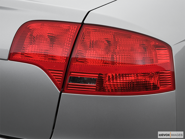 2007 Audi S4 Passenger Side Taillight