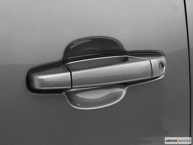 2007 Chevrolet Silverado 3500 Classic Drivers Side Door handle