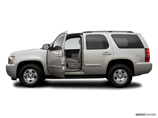 2007 Chevrolet Tahoe Driver's side profile with drivers side door open