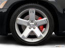 2007 Dodge Magnum Front Drivers side wheel at profile