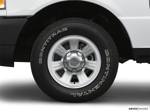 2007 Ford Ranger Front Drivers side wheel at profile