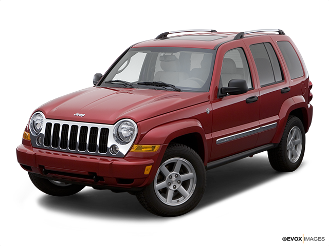 2007 Jeep Liberty Front angle view