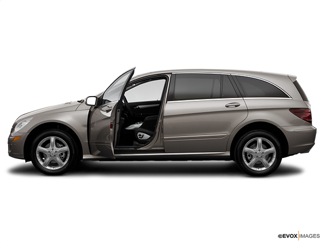 2007 Mercedes-Benz R-Class Driver's side profile with drivers side door open